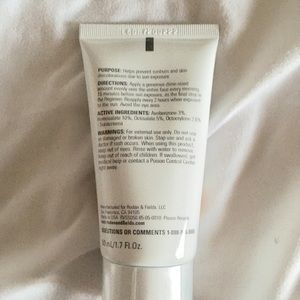 Rodan & Fields Makeup - REVERSE BROAD SPECTRUM SPF 50+ SUNSCREEN SEALED